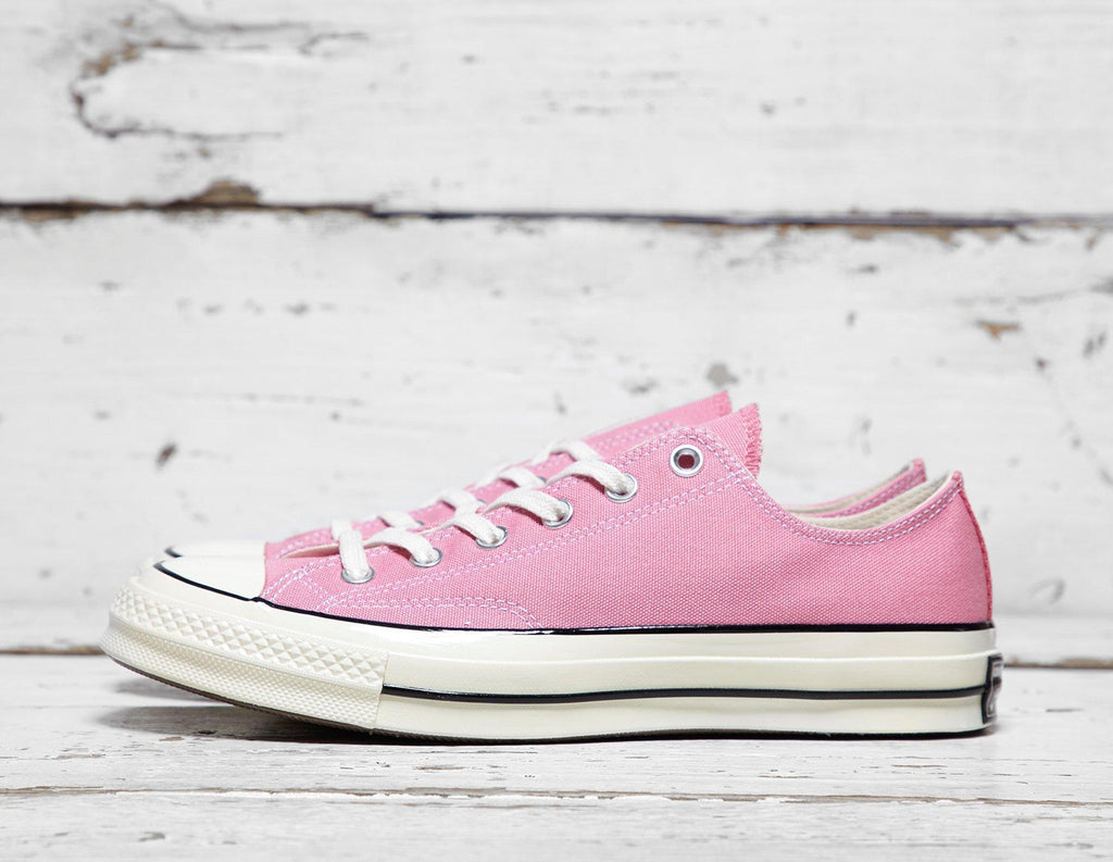 4874b2c69d6b Converse Mens Converse Chuck Taylor All Star  70 Low - Pink