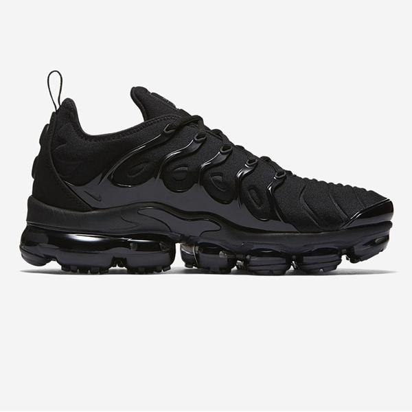 low priced 879b9 d8624 Nike Nike Vapormax Plus 'Black' at Soleheaven Curated Collections