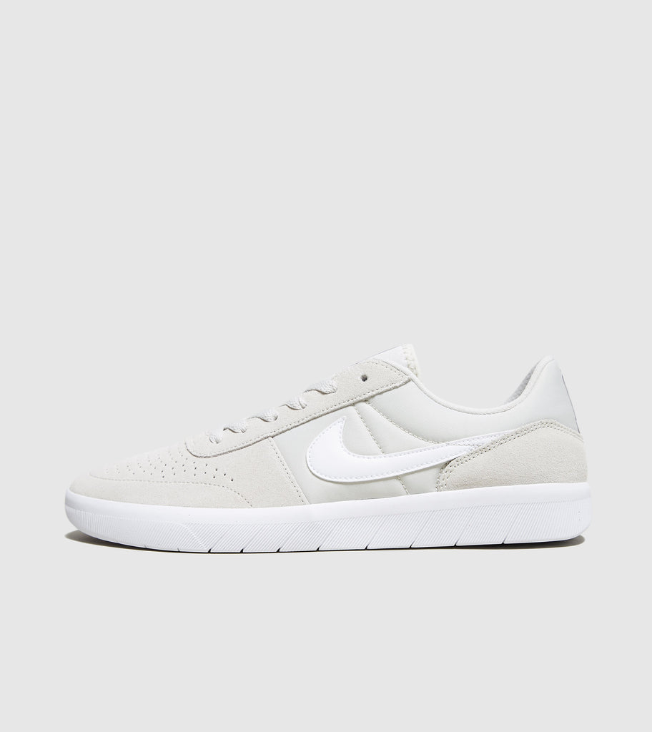 sports shoes db136 7933e Nike SB Nike SB Team Classic, Bone White SOLEHEAVEN