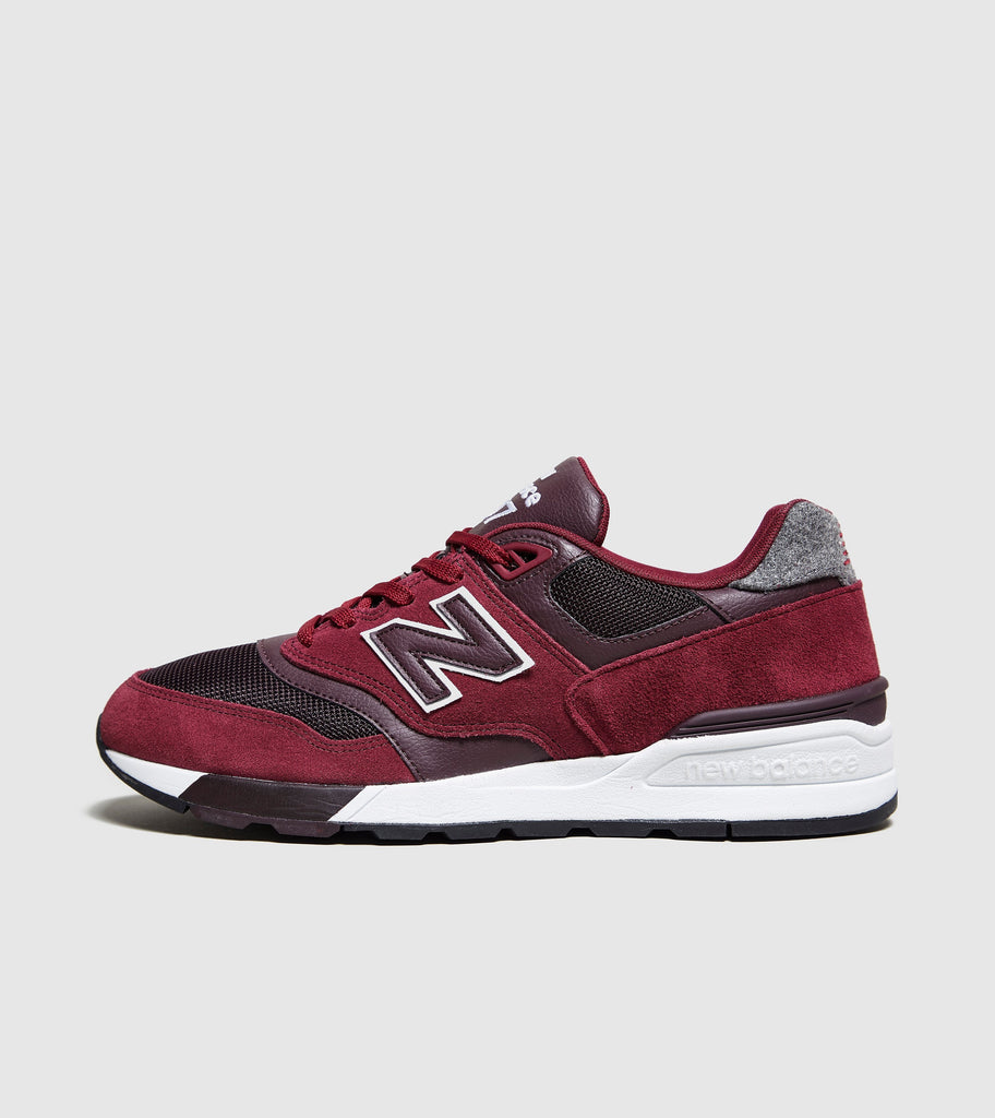 New Balance New Balance 597, Red/Black SOLEHEAVEN