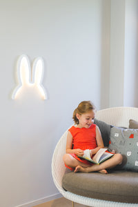 Miffy White LED -tunnelmavalaisin