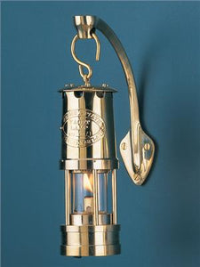 Mini Yacht Oil Lamp