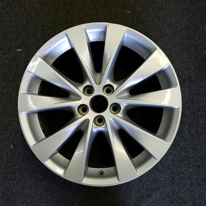 "19"" VENZA 14-16 19x7-1/2 (alloy, 10 spoke) Original OEM Wheel Rim 69620 - OEM WHEEL SHOP"