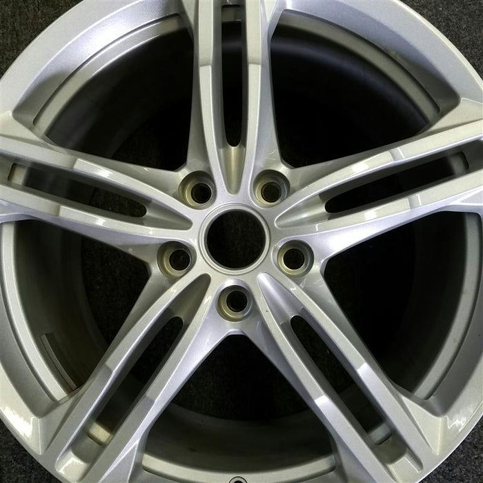 "19"" CORVETTE 16-17 rear 19x10 silver (opt QG6) Original OEM Wheel Rim 5733"