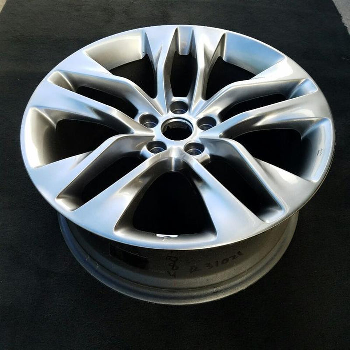 "19"" HYUNDAI GENESIS 13-16 Cpe 19x8 (5 double spoke) (front) w/o Original OEM Wheel Rim 70841B"