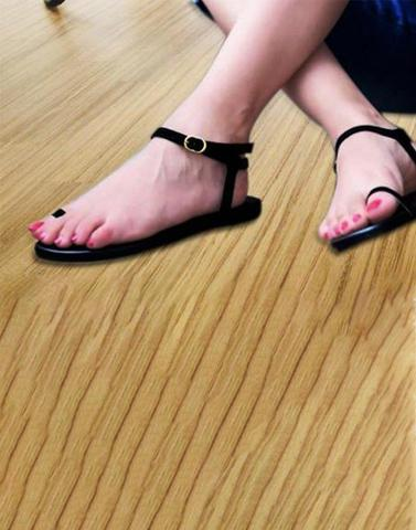 Black Ring Toe Ankel Strap Flats