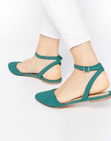 Chic Green Buckle Flats