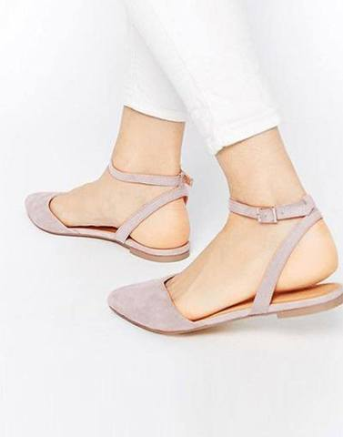 Chic Baby Pink Buckle Flats