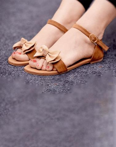 Chic Bow Brown Flat