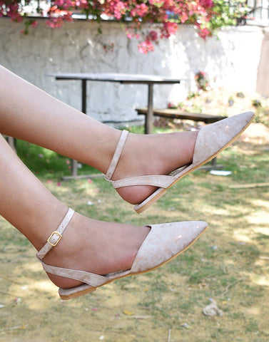 Chic Pink Buckle Flats