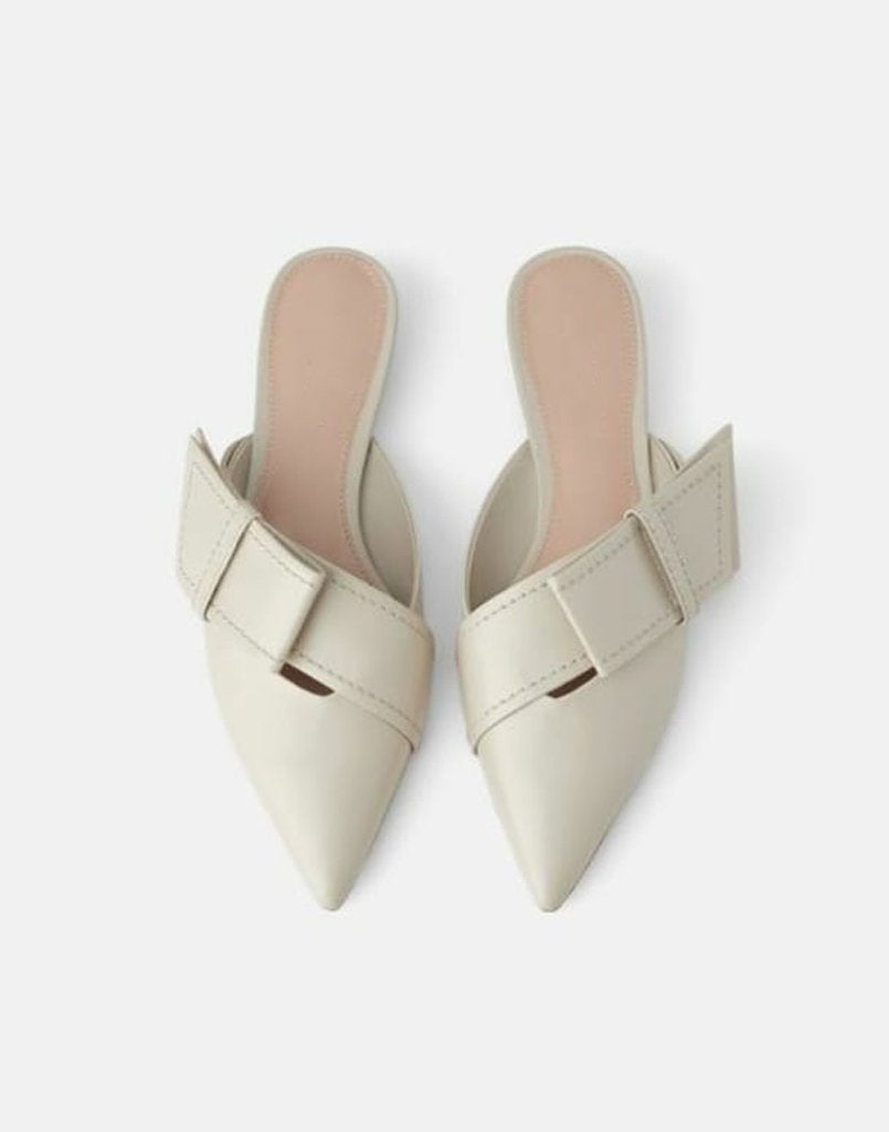 Nude Flap In Fabulous Mules