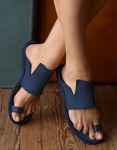 Blue Toe Ring Flats