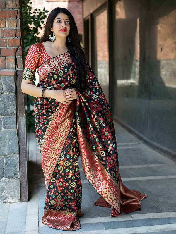Trishulom Multicolored Soft Silk Printed Dashing Saree
