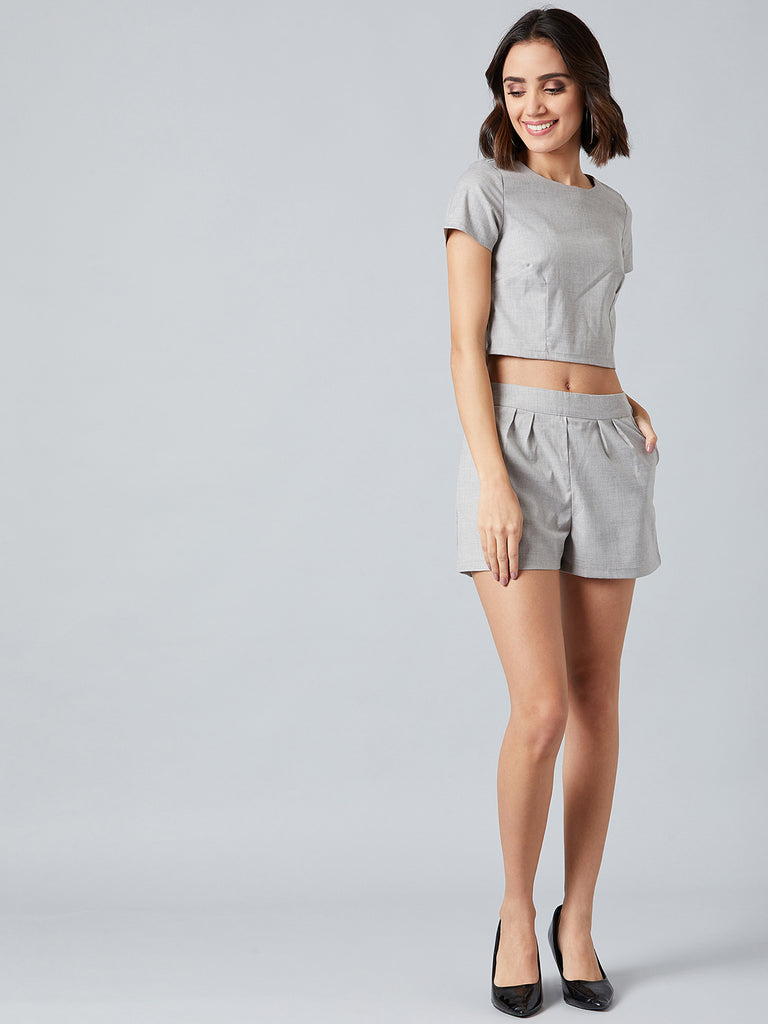 Bossy Grey Top With Shorts