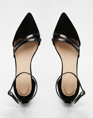 Black Sleek Lines Flats
