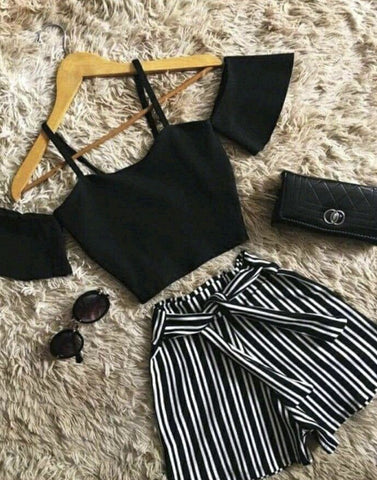 Classy Cold Shoulder Crop Top With Shorts