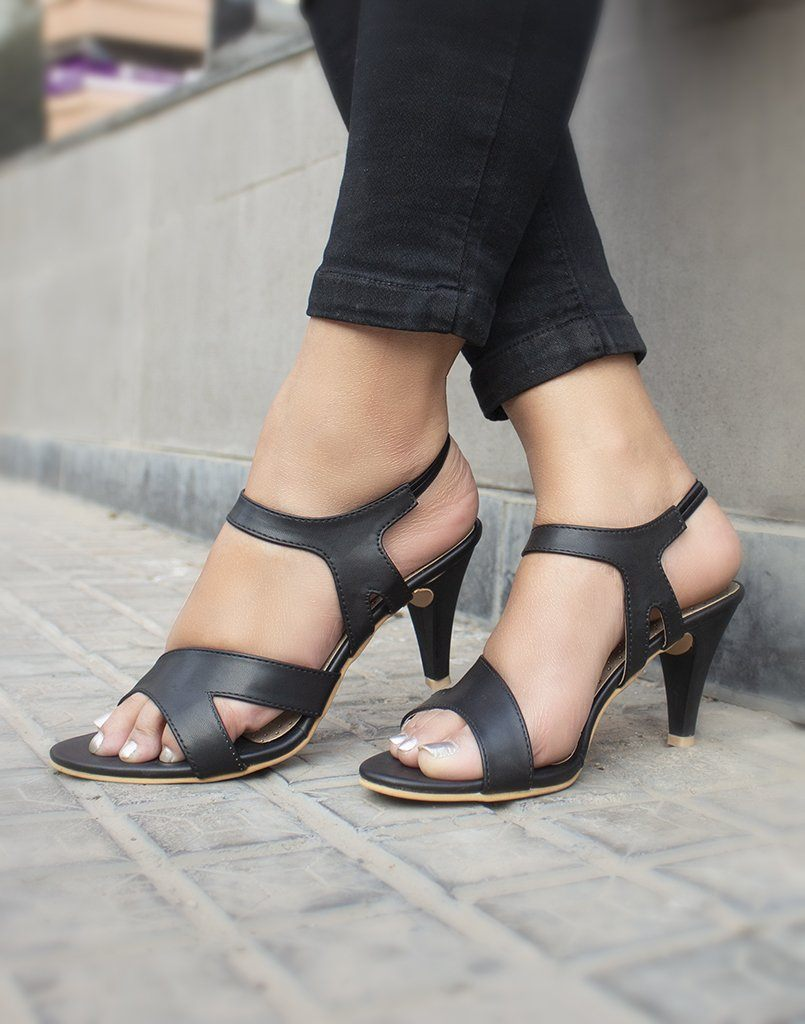 Leathed Black Heels