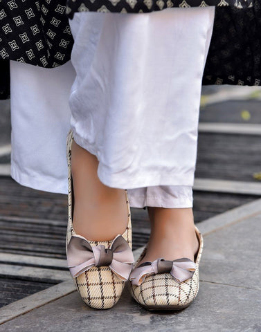 Voguish Checkered Bow Ballerina