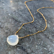 Luminous Solitaire White Moonstone Necklace (Gold)