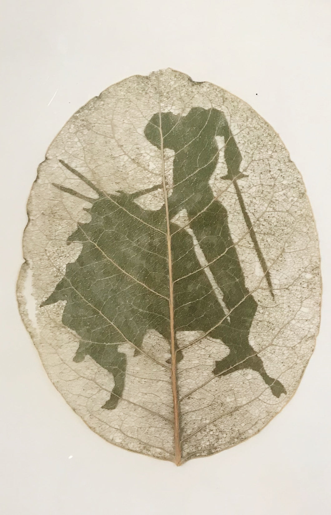 Carved Leaf by Artist Jesús Leal Lambusino