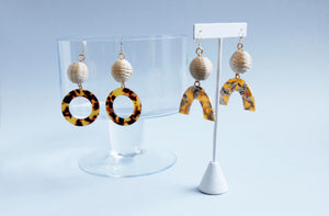 Natural rattan earrings with faux tortoise shell beads.