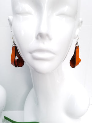 Carla Medium Leather Earrings - Tan (Hand Dyed) - Amber Poitier Inc.
