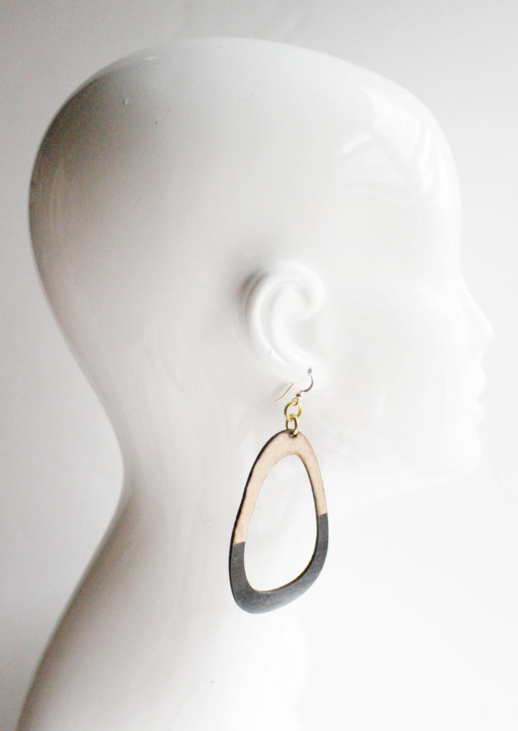 Lisa Large Leather Earrings Black Dipped