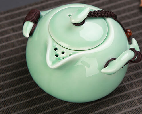 products/Porcelain_Green_Pot_From_Top_496x398_31K.jpg