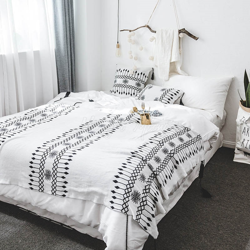 Printed Tasseled Crochet Knit Blankets