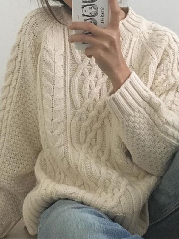 Chic Retro Cable- Knit Sweater