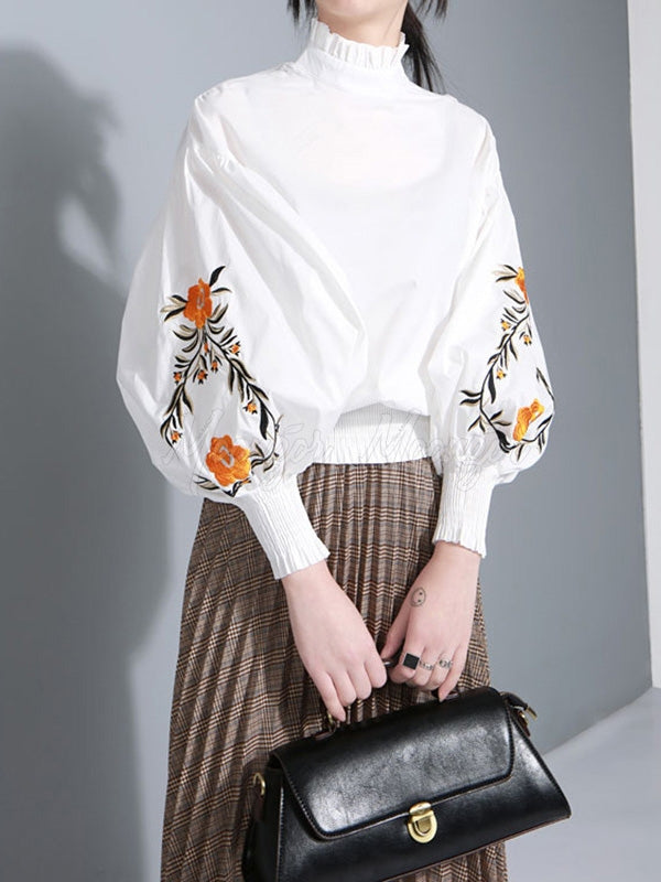 Casual Puff Sleeves Embroidered Blouses