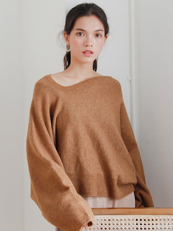 Designed Neck Comfortable Sweater