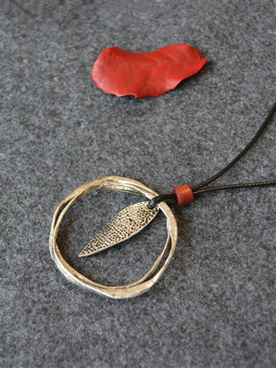 Leaf Double Circle Fresh Necklace