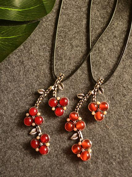 National Branch&Cherry Ramie Cloths Matching Necklace