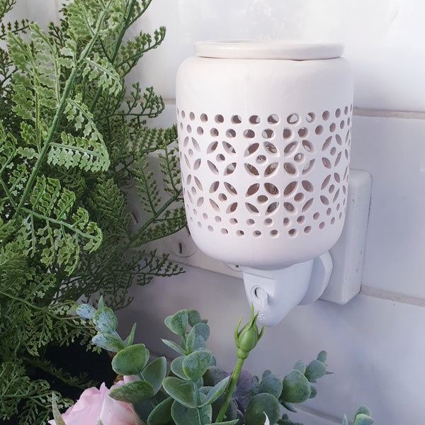 White Ceramic Mini Plug-in Warmer