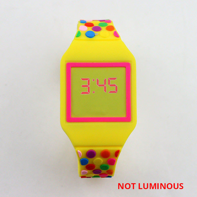NEW Luminous Princess Elsa Children Watches Kids Spiderman Avengers Cartoon Pattern LED Girls Watch Reloj Infantil Wristwatches