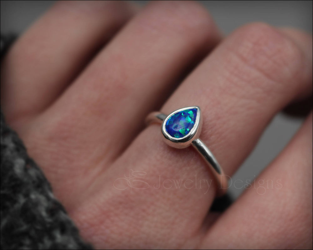 Teardrop (pear-shaped) Opal Ring