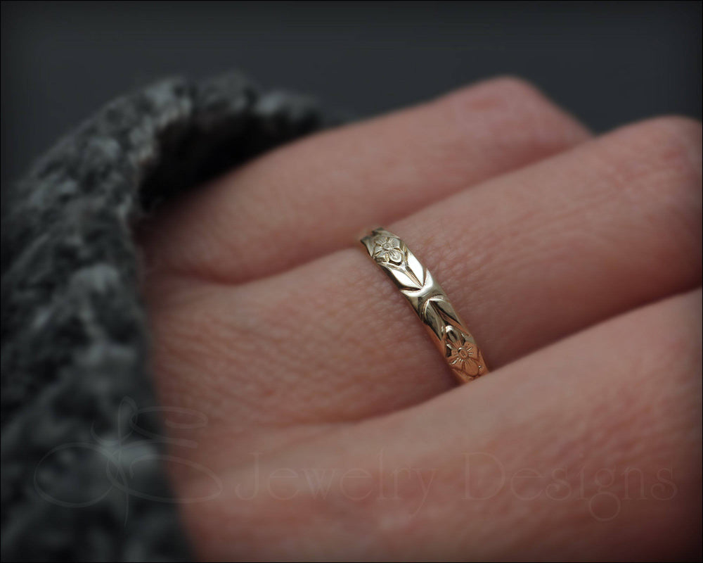 14k Gold Floral Band - LE Jewelry Designs