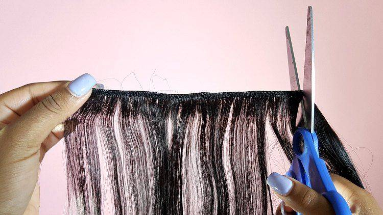 cutting hair extensions