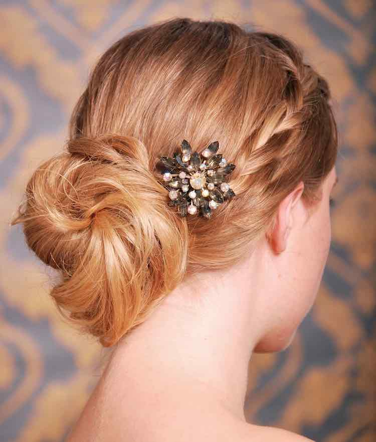 hair-brooch
