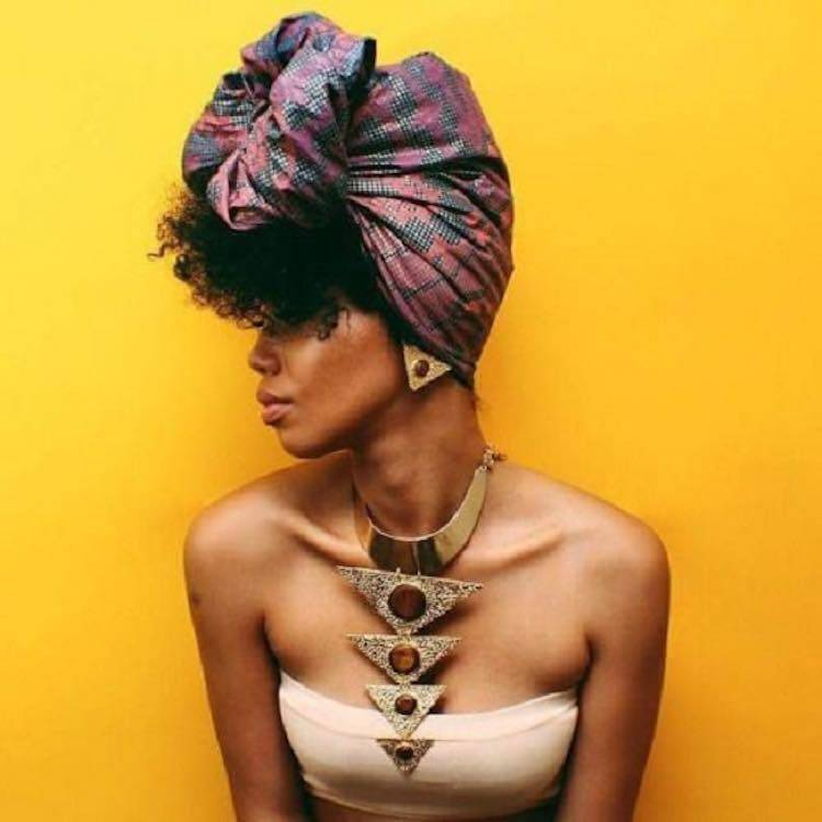 Head wrap with Natural Hair
