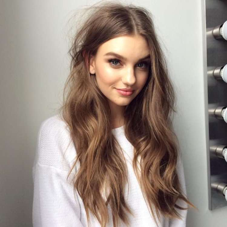 Messy Waves Hairstyle