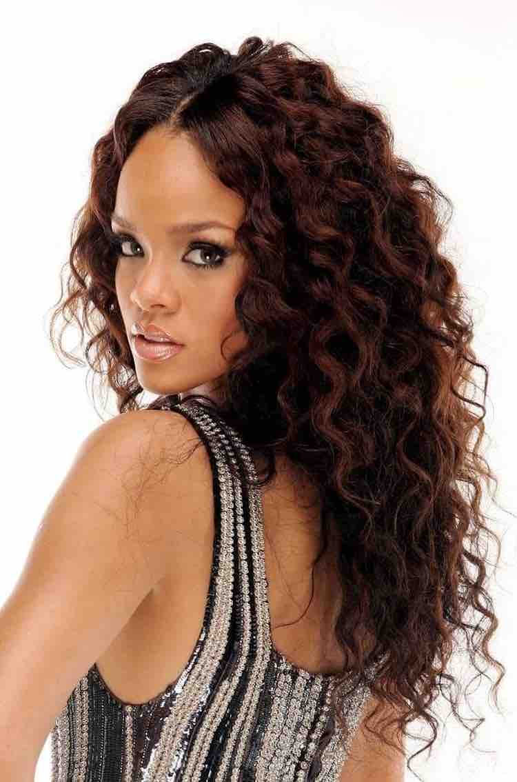 rihanna-curly-wavy-brown-middle-part
