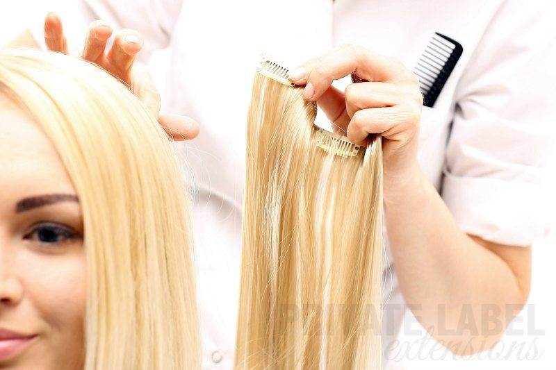 stylist-installing-clip-ins