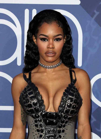 Teyana Taylor- Curly long black hair