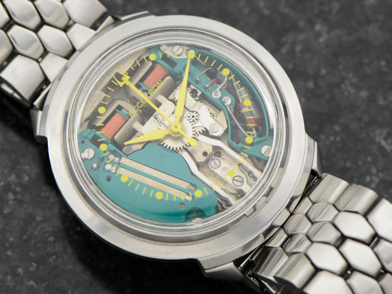 "Bulova Accutron Spaceview ""B"" Vintage Watch & Bracelet"