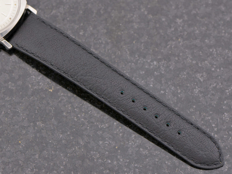 New Genuine Leather Buffalo Grain Black Band with matching Silver Colored Buckle