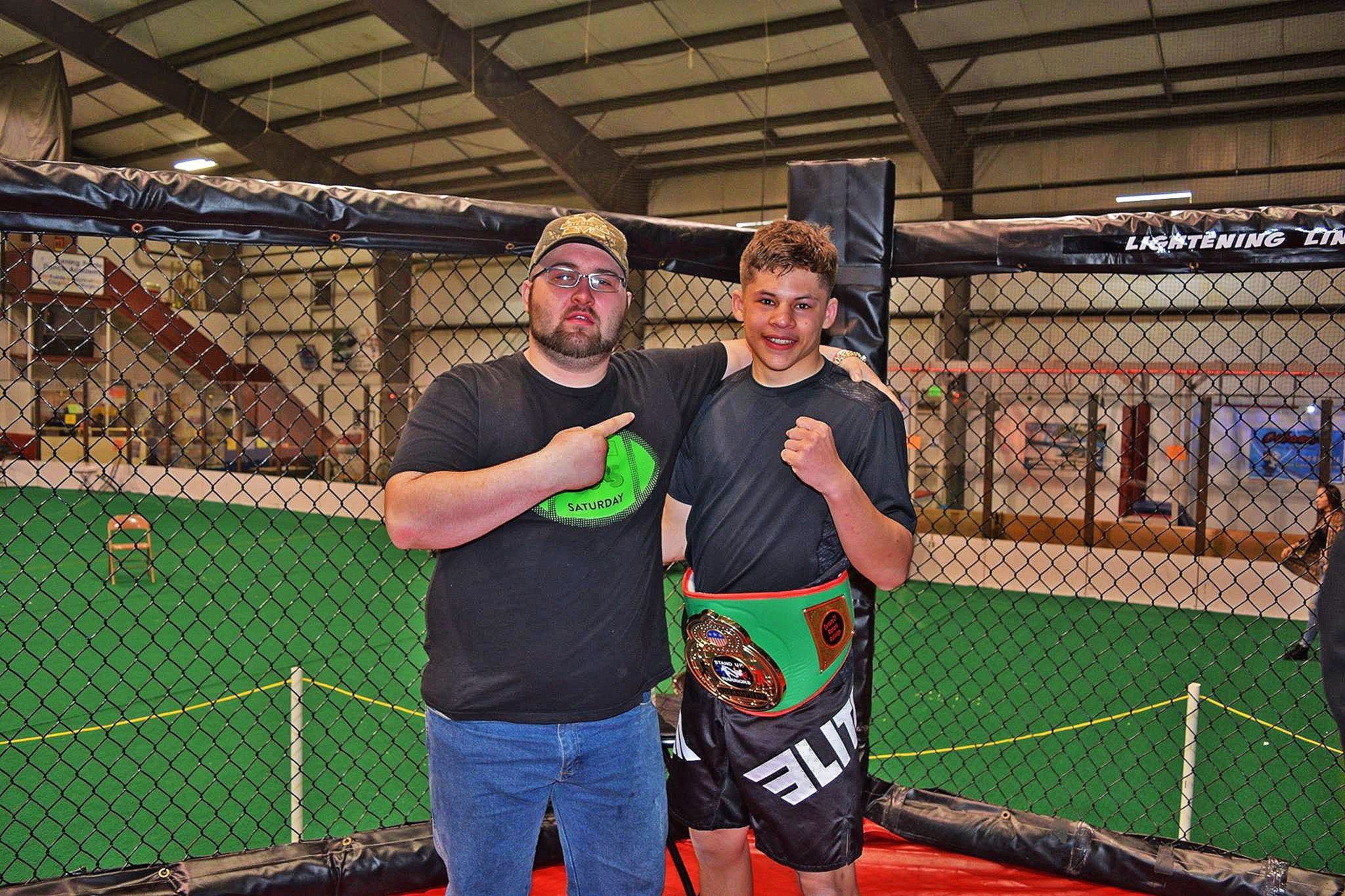 Elite-Sports-Team-Elite-MMA-Fighter-Austin-Daniel-Czenkus-image1