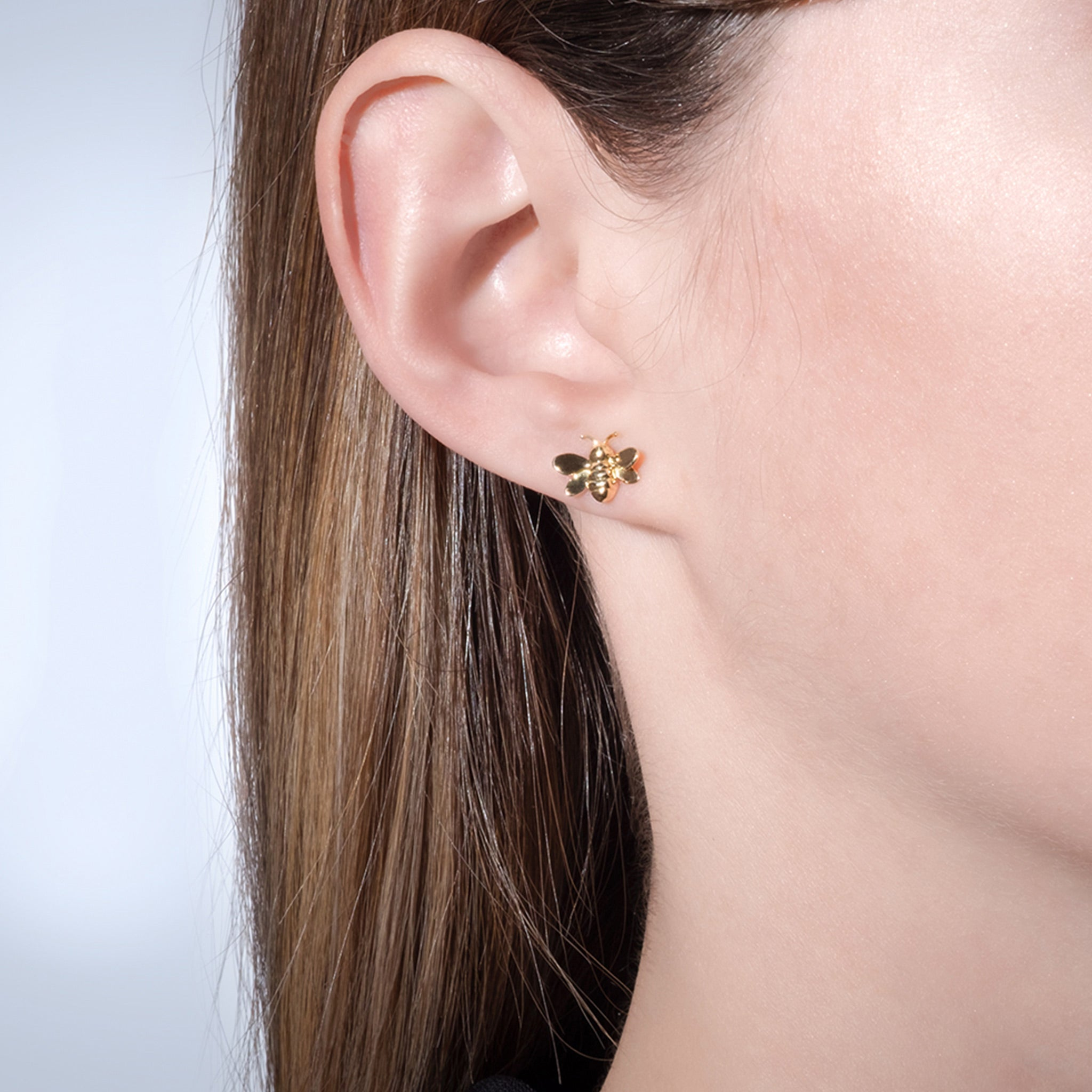 Mimi-So-Wonderland-Bumble-Bee-Small-Stud-Earrings.jpg