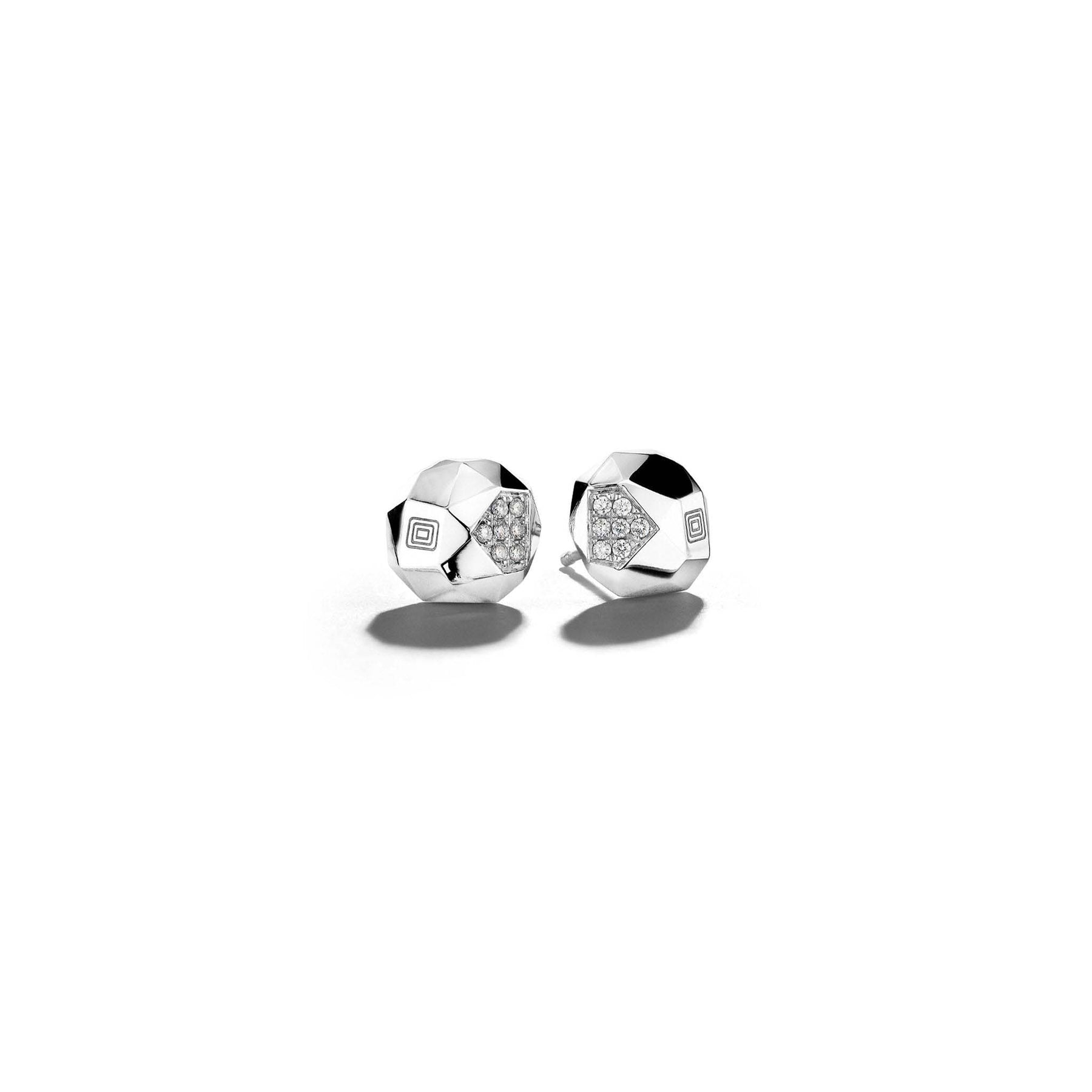 Jackson-Switch-Faceted-Diamond-Stud-Earrings_18k White Gold